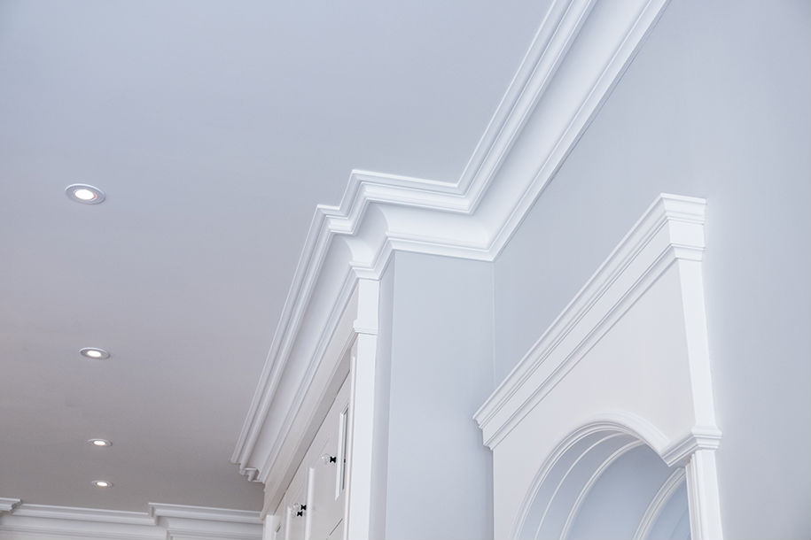 5 Reasons To Install Plaster Coated Foam Crown Moulding